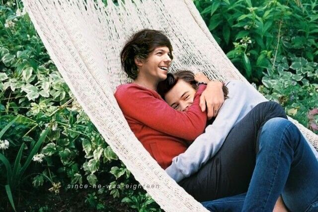 Larry Stylinson Manip || tHIS IS THE CUTEST THING IM CRYUING BEBNWNDA // @starrybeauty