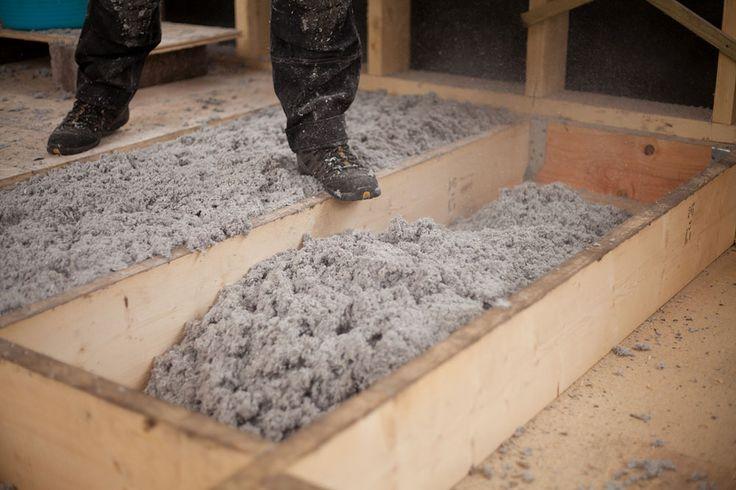 Isolation phonique d'un sol : http://www.travauxbricolage.fr/travaux-interieurs/isolation-ventilation/isolation-phonique-sol/