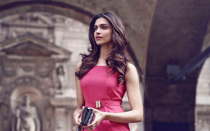 Download imagens Дипика Падуконе, 4k, A atriz indiana, Bollywood, Moda indiana modelo, belo vestido rosa, morena, As mulheres indianas