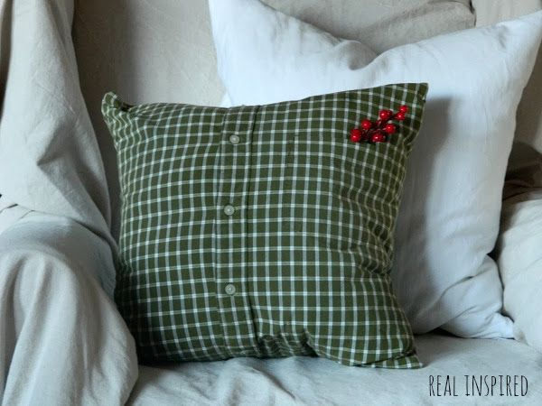 Men's Shirt Turned Pillow - I found this great plaid shirt at the thrift store. Perfect for my Christmas pillows! This is an easy project that doesn't take much…