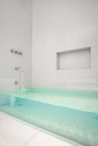 glass front tub. - http://www.craftycrafts.info/home-interior-decorating/glass-front-tub/