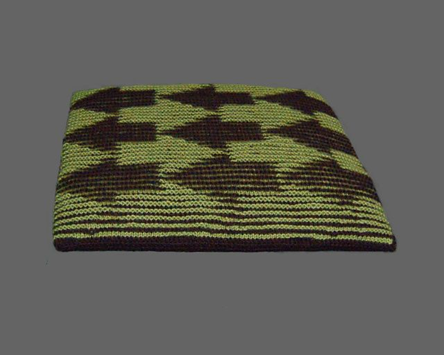 Confusion Illusion Arrows - Illusion knitting cushion or wall-hanging