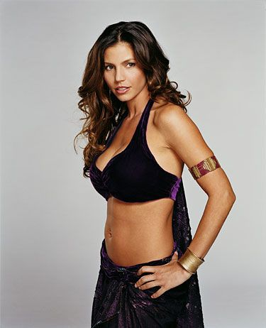 d1ce7596a4fb0ad459e992544f3ea6a6--charisma-carpenter-toned-stomach.jpg