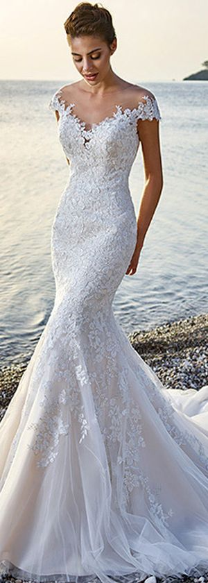 Glamorous Tulle & Satin Bateau Neckline Mermaid Wedding Dresses With Lace Appliques