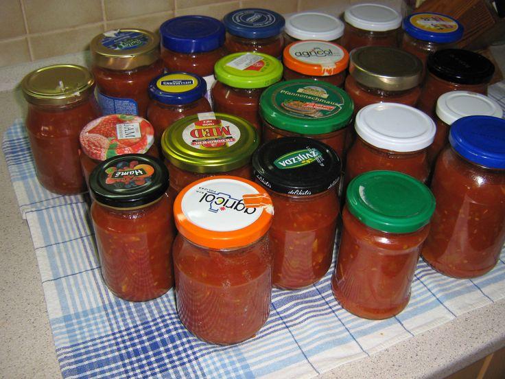 Základ pro pokrmy např. špagety, pizzu atd. Máme rádi i jako přílohu k masu. 4 kg rajčat 1,5 kg cibule cibule.. Celý příspěvek →