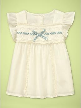 Sweet flutter-sleeve bow top, from baby Gap. http://www.bittybowsboutique.com/newborn-hair-bow-satin-lucy.html