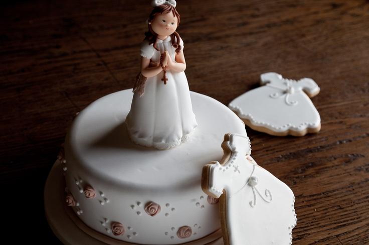 Tartas inolvidables para comuniones.    ¡Encarga la tuya en http://www.carlotas.com/tartas-decoradas.html!