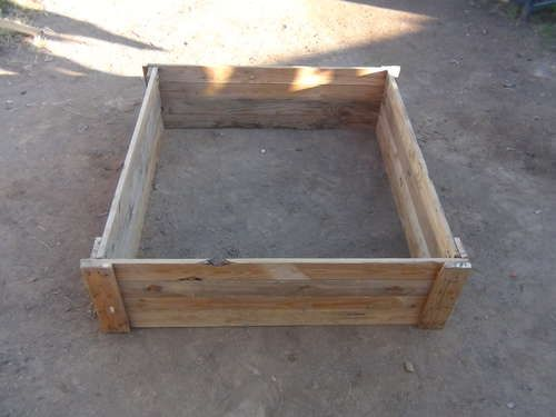 Raised bed garden out of pallets.  I have one pallet already, and I think I have a 4x4 to use for corner posts.  Now, I just have to find the circular saw.