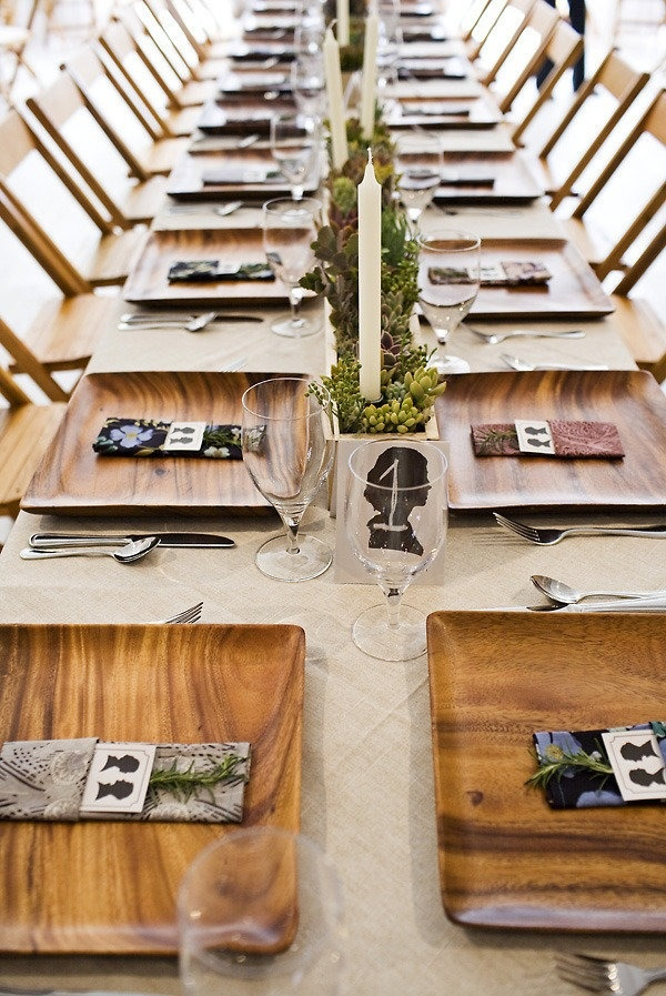 more succulents!Ideas, Wedding Photography, Tables Sets, Napkins, Parties, Silhouettes, Wood Plates, Places Sets, Long Tables
