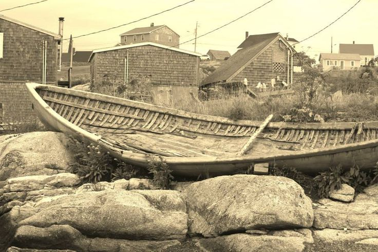 Abandoned boat - Peggy's Cove, NS