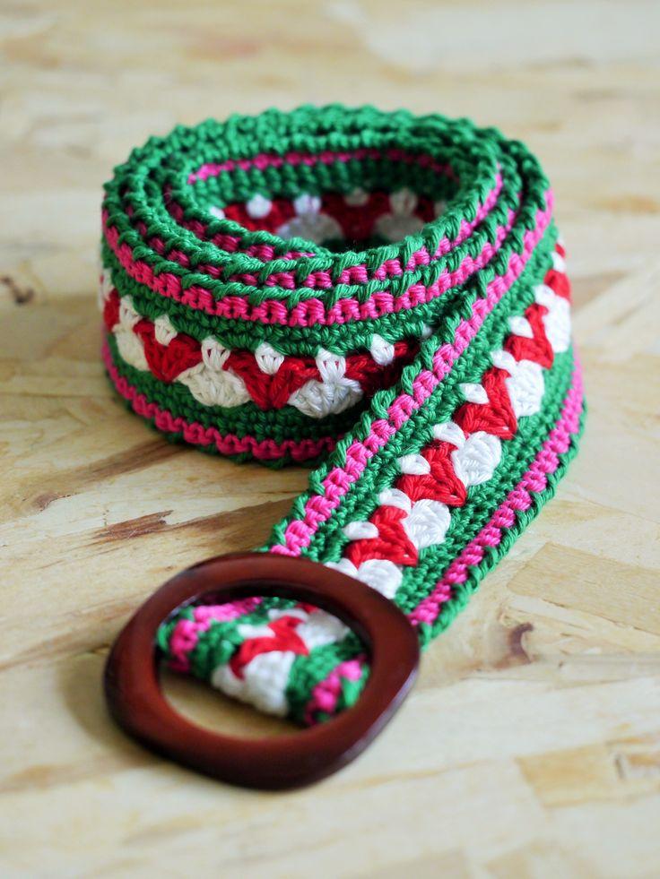 crocheted belt - made by Mooi van draad