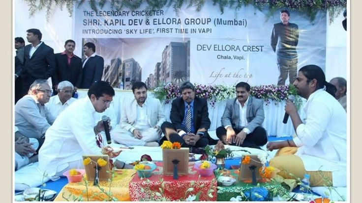 Vijay Gajra Ellora Castle CBD Belapur Ellora Group ELLORA Group, one of the most reputed, respected & trusted brands in Navi Mumbai since 2000 has set benchmarks in the real estate world by delivering projects purely based on ethics and their consumer centric approach.