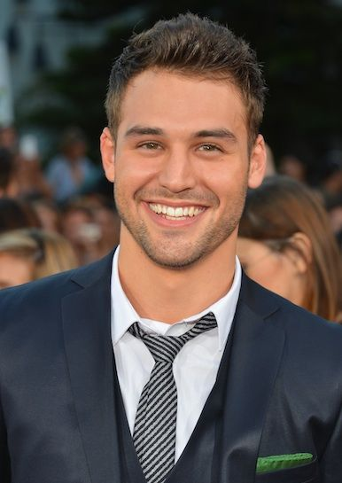 "Ryan Guzman, star of the new ""Step Up"" movie, had never acted or danced professionally before landing the role of Sean! Impressive!"