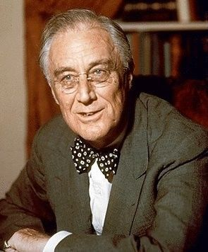 A color portrait of Franklin Roosevelt, often known by his initials, FDR. @ Franklin Roosevelt Biography