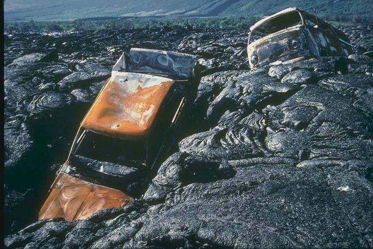these cars were in the path of vesuvius 39 s most resent eruption these cars were just swallowed. Black Bedroom Furniture Sets. Home Design Ideas