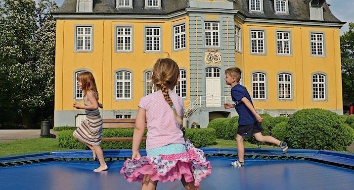 Freizeitpark Schloss Beck Gutschein 2 Fur 1 Coupon Ticket Mit Rabatt In 2020 Freizeitpark Freizeit Heide Park