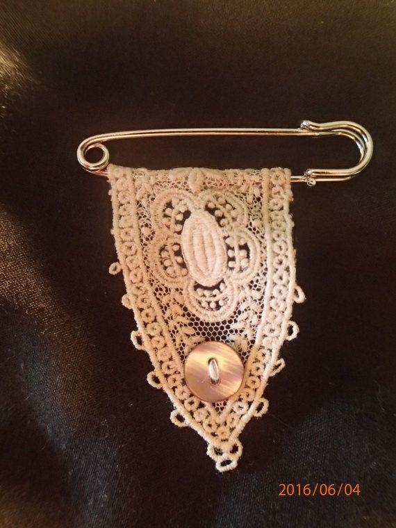 Vintage Lace. Lace Pin. Lace Brooch. by MementosToCherish on Etsy