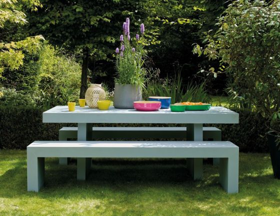 6 of the best: contemporary outdoor dining sets