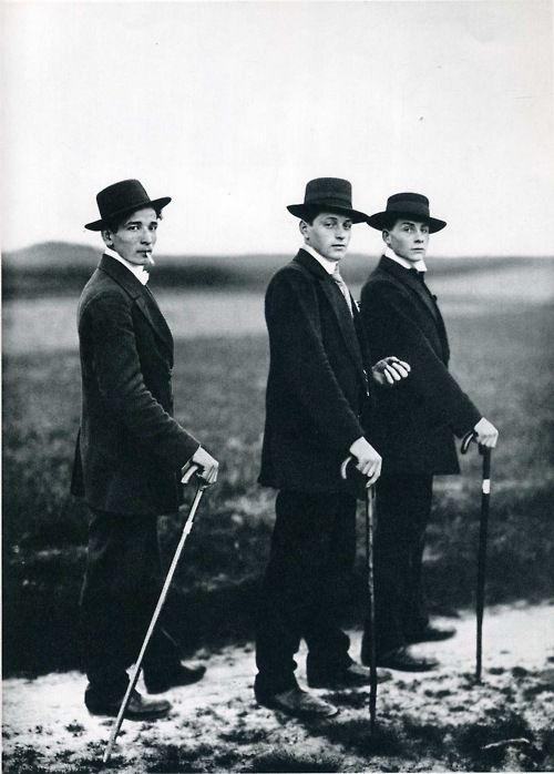 :: August Sander- Jungbauern, Westerwald, 1914 ::