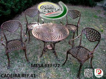 Conjunto de Mesa com Cadeiras em alumínio fundido