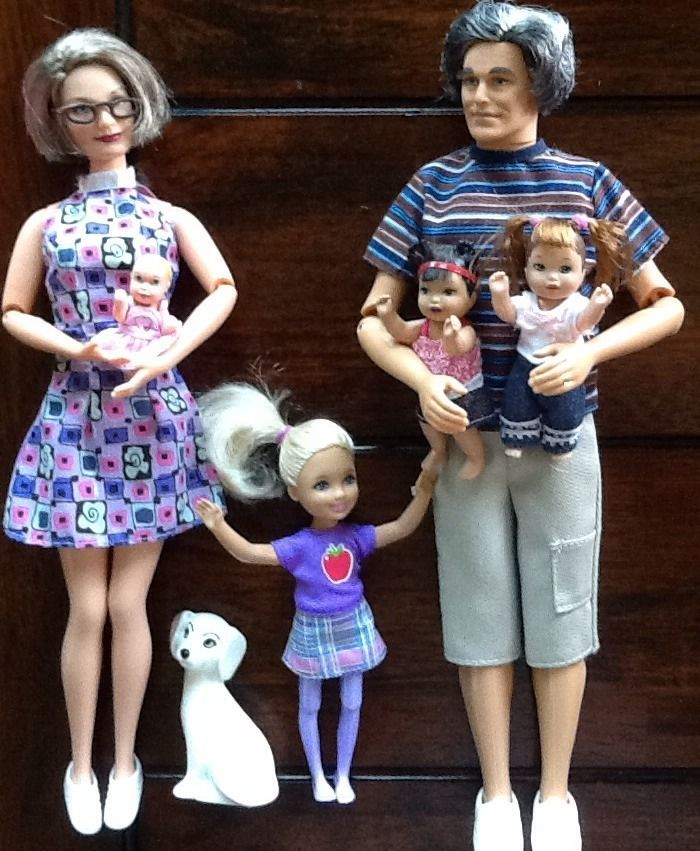 <3 these dolls so much! I would have loved to see Mattel continue to use the grandparents for Barbie's family, or for the So In Style dolls.