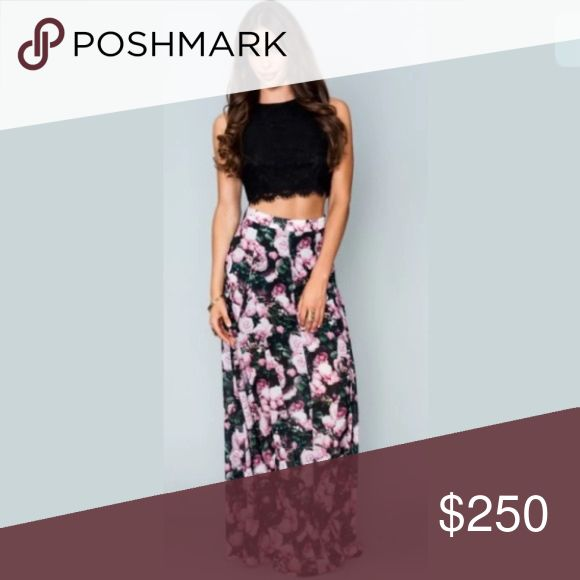 Show Me Your Mumu Lace Crop Top and Maxi Skirt Gorgeous flowy maxi and lace crop top with a hidden back zipper. The items are sold as a set, and are both size S. Show Me Your MuMu Other