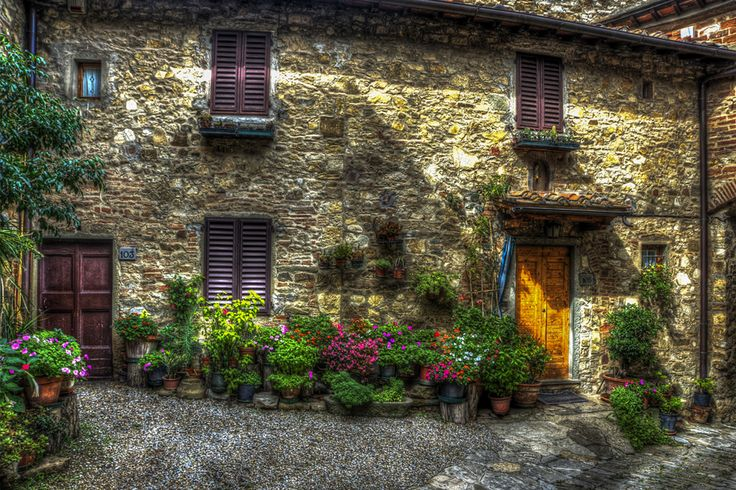 Montefioralle Village, Tuscany Photo by Dennis Rainville