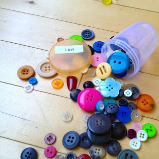 Madame Belle Feuille: the button game Great idea for encouraging students to use French in the classroom