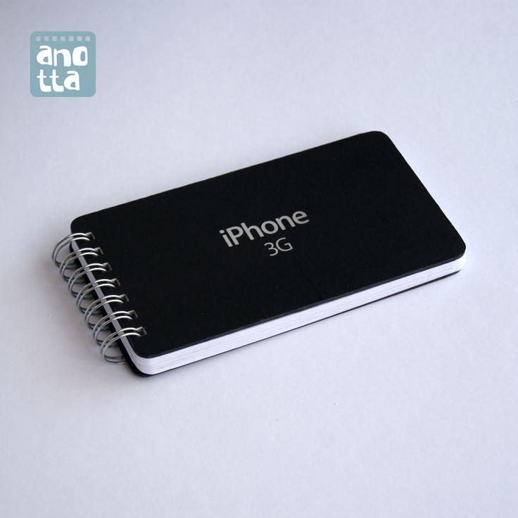 Libreta hecha a mano reciclando la caja de un iPhone 3G.