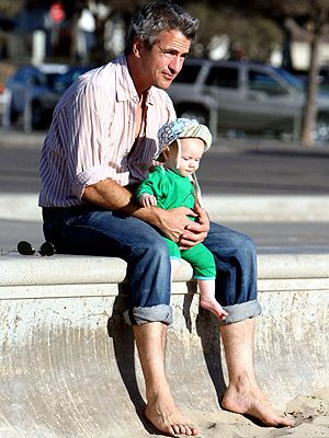 Dermot Mulroney with his daughter, Mabel