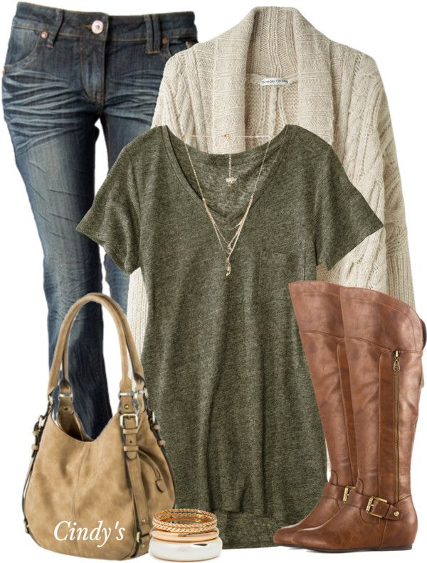 Simple Casual Fall Outfit With Cable Oversize Cardigan, Olive Green T-shirt, Brown Boots and Jeans