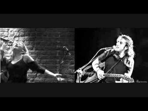 ▶ Γιάννης Χαρούλης & Νατάσσα Μποφίλιου - Κοίτα εγώ (2010) - YouTube