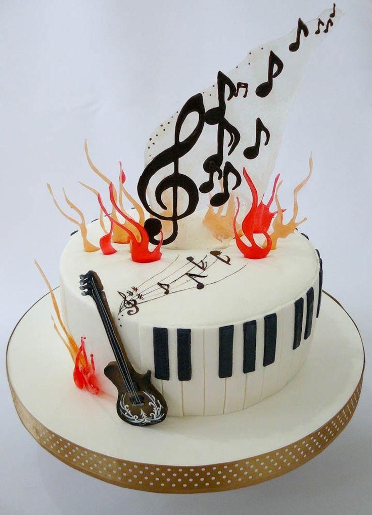 Birthday Cake Pictures With Song : Pi? di 25 fantastiche idee su Torte A Tema Musica su ...