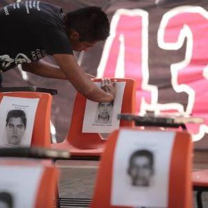 PGR de México asegura justicia plena para caso Ayotzinapa - teleSUR TV