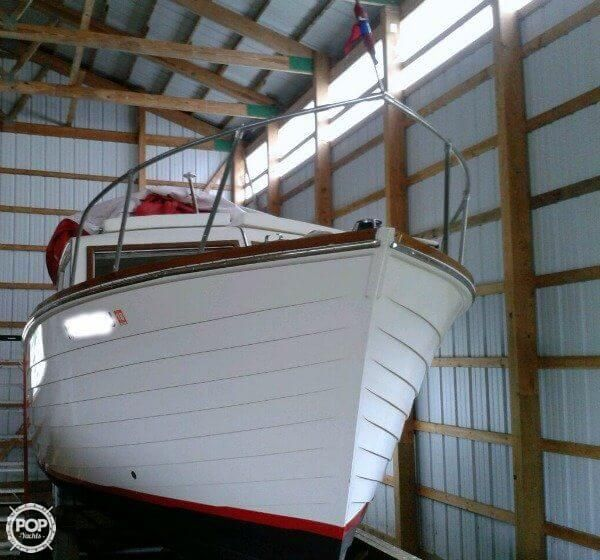 Incredible full three year professional restoration with complete cabin/galley modernization. Including flat screen TV, sound system, leather seating!