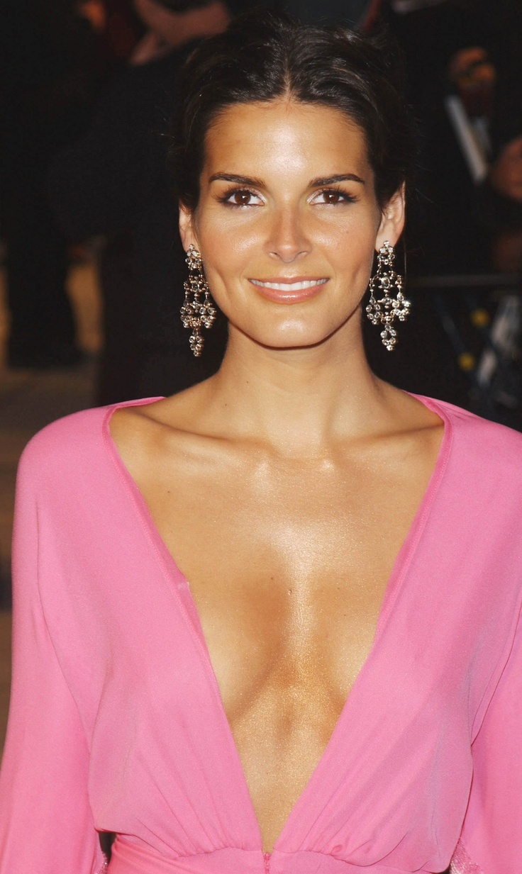 Angie Harmon At More Magazine September 2013: Top 25 Ideas About Angie Harmon Is Beautiful On Pinterest
