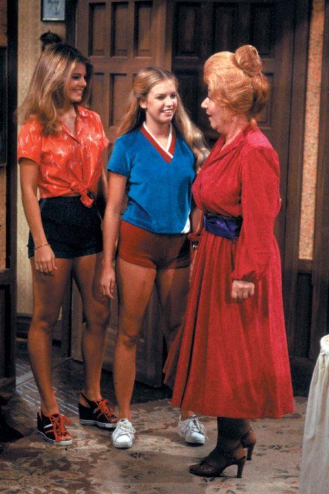 Check out Lisa Welchel's sneakers! Still of Julie Piekarski, Charlotte Rae and Lisa Whelchel in The Facts of Life (1979)