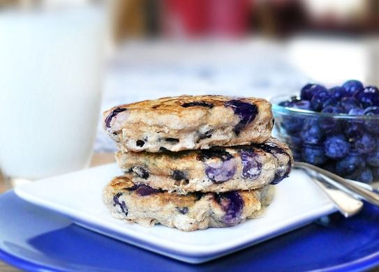 Blueberry Pie Pancakes: Healthy Blueberry Pies, 200 Positive, Healthy Blueberries Pies, Chocolates Covers, Recipes, Blueberries Pancakes, Super Ginorm Pancakes, Blueberry Pancakes, Pies Pancakes