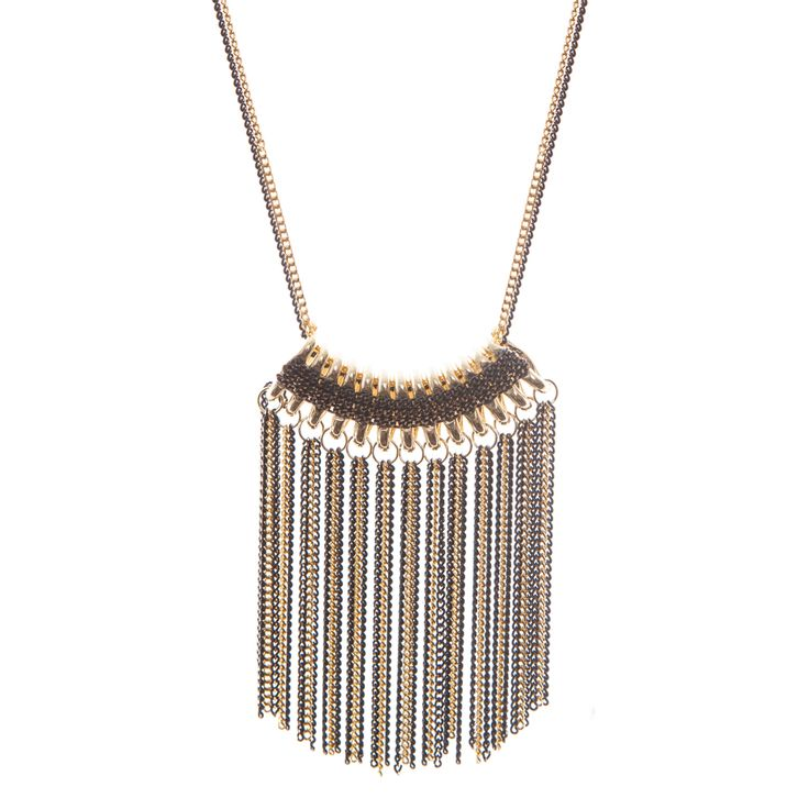 Intricately designed, this delicate mixed metal chain necklace can easily transition from daywear to a sultry evening look. Wear it over a monochrome outfit for a or layer it with more necklace, anything to complement your personal style.