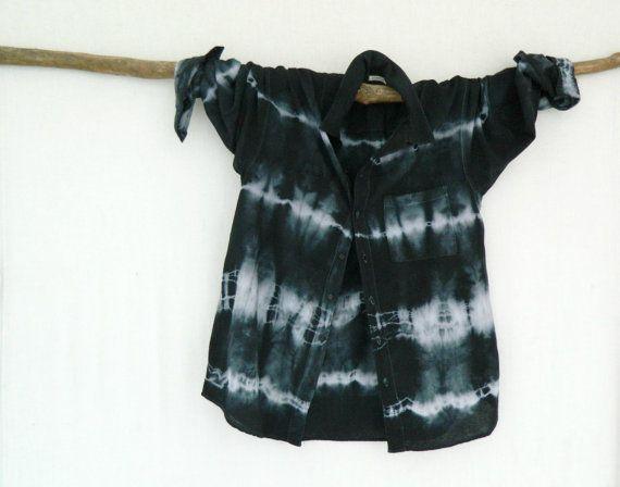 WAYFARER . men's tie dye shirt . L  Large . by bohemianbabes