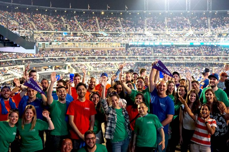 Score Possible: New Langone MBA students marked the beginning of their Stern journey attending a Mets game as part of Langone LAB: Fall 2016 Orientation.