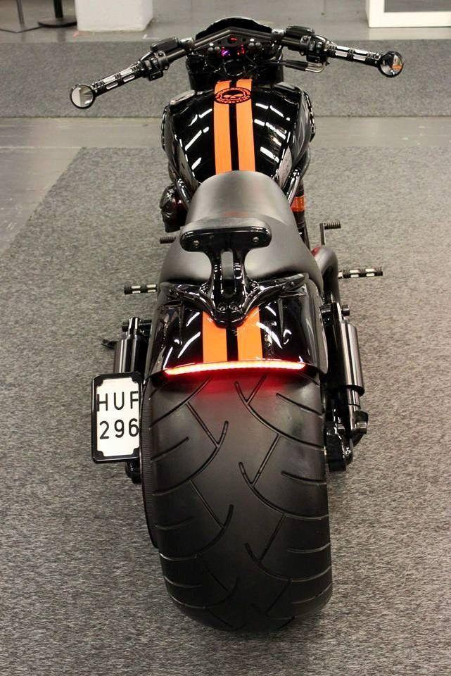 V Rod Muscle 280 Google Zoeken Harleydavidsonbreakoutcustom Harleydavidsonbreakoutblack Motorcycle Harley Harley Davidson Bikes Motorcycle Bike