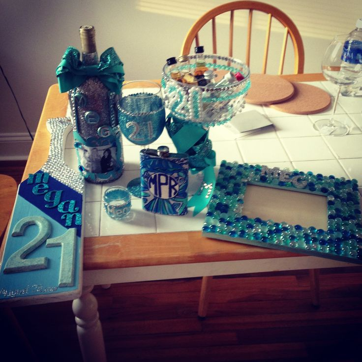 Setting the bar for what 21st birthday crafts should look like. TSM.