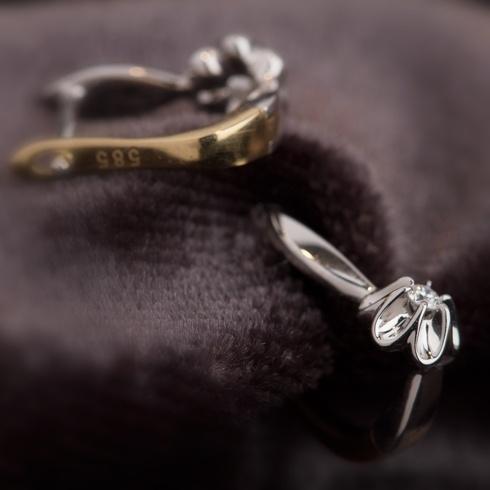 Cercei cu diamante B618