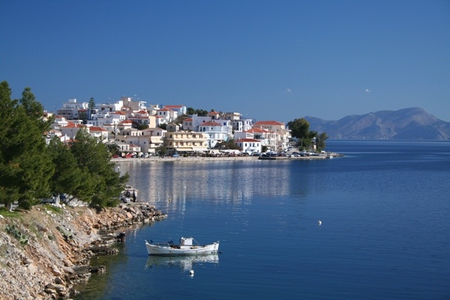Total paradise here in Greece/
