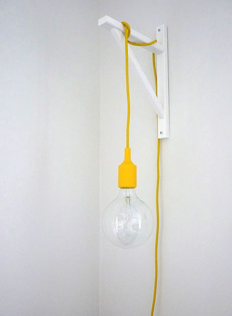 diy light - lampe disponible sur http://www.pepupdesign.com/luminaire-suspension/81-lampe-ampoule-design-suspension-e27-muuto-jaune.html