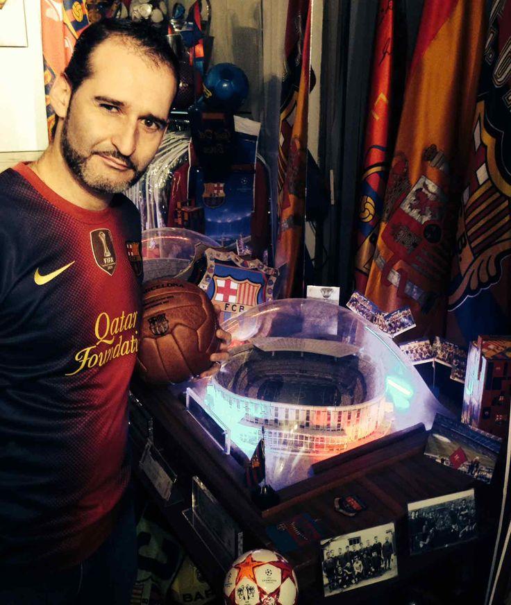 Fernando Cotera, fan mexicano loco por el Barça.  ¡Conoce su colección de más de 10.000 objetos relacionados con el #FCBarcelona