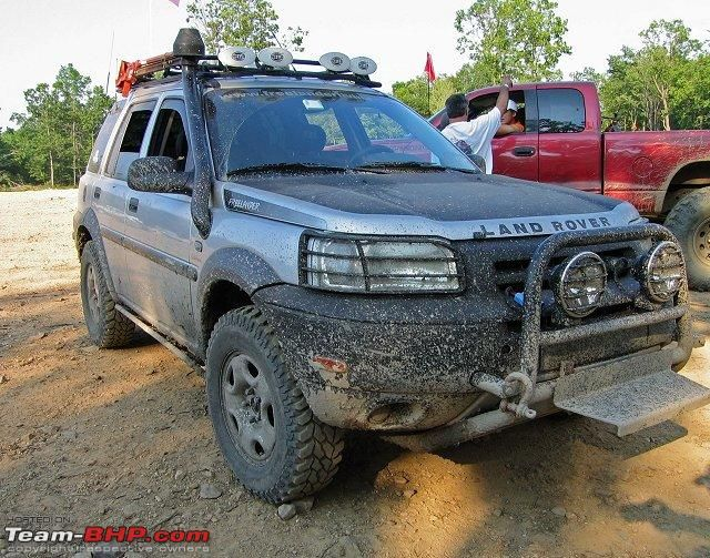43021d1219913526-spied-2010-tata-safari-indicruz-edit-caught-testing-india-pics-pg-20-reelander1.jpg 640×503 pixels