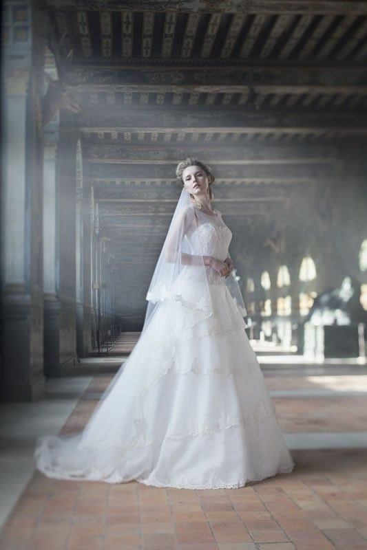 Celebrating The Beauty That Is Cymbeline 2017 Collections Including Pour Un Oui By And Mariées De Paris From French Wedding Dress Designer