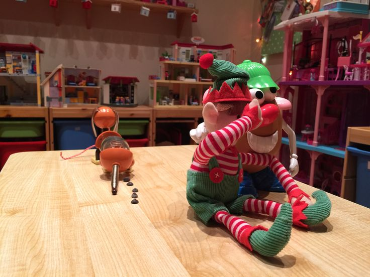Uh oh! Stanley and Mr Potato head are appalled by Slinky's poor table Manners